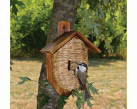 Post Mounted Grass Roosting Pocket with Roof-SE934