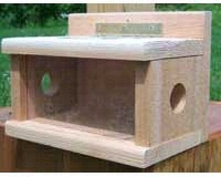 Post Mount Bluebird Feeder SESC1050C