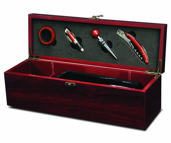 Wine Box with 4 Tools